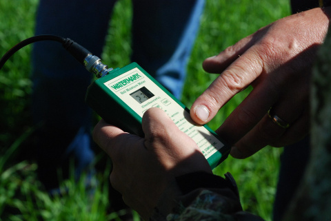 Image: USDA NRCS Montana, Soil moisture meter is used to measure soil moisture, Wikimedia Commons, Public domain