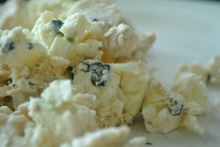 Image: cookbookman17, Crumbled Blue Cheese, Flickr, Creative Commons Attribution 2.0 Generic